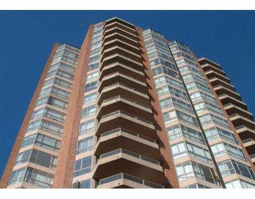 """Main Photo: 1801 4350 BERESFORD ST in Burnaby: Metrotown Condo for sale in """"CARLTON ON THE PARK"""" (Burnaby South)  : MLS®# V539433"""