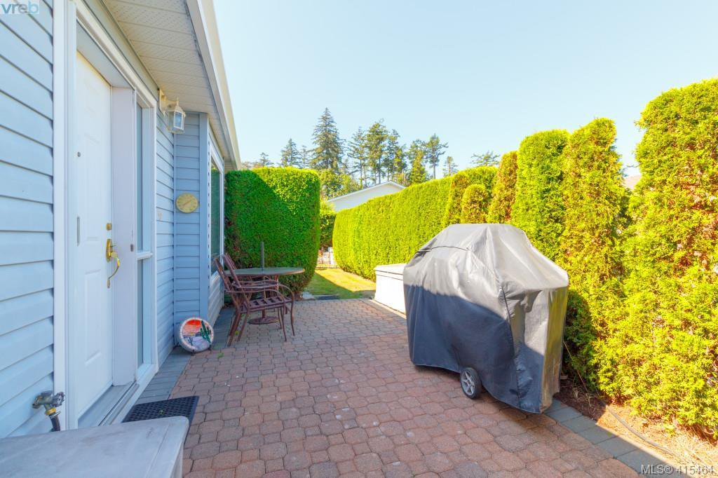 Photo 20: Photos: 61 Salmon Crt in VICTORIA: VR Glentana Manufactured Home for sale (View Royal)  : MLS®# 824126