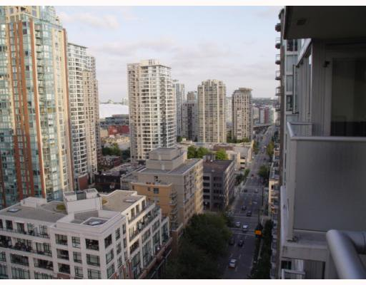 """Photo 9: Photos: 1802 1001 RICHARDS Street in Vancouver: Downtown VW Condo for sale in """"MIRO"""" (Vancouver West)  : MLS®# V787481"""