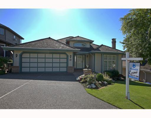 """Main Photo: 19 WILDWOOD Drive in Port Moody: Heritage Mountain House for sale in """"HERITAGE MTN."""" : MLS®# V790229"""
