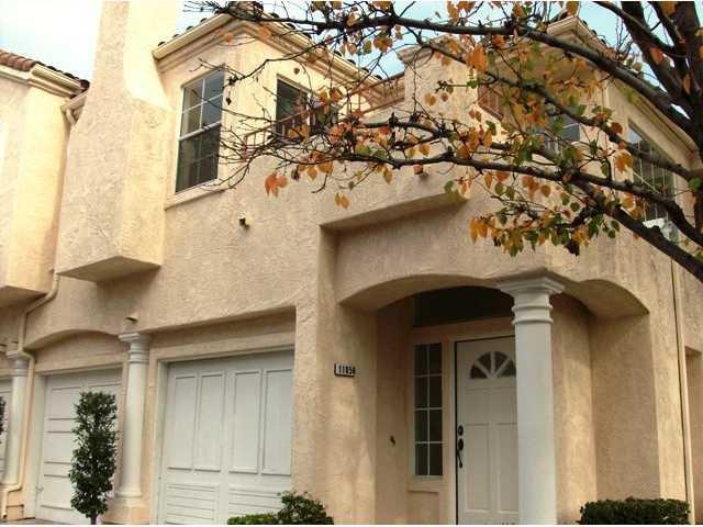 Main Photo: TIERRASANTA Condo for sale : 2 bedrooms : 11056 Portobelo in San Diego
