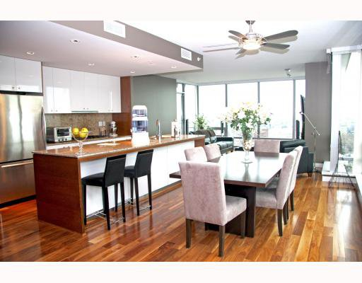"Main Photo: 2602 1005 BEACH Avenue in Vancouver: West End VW Condo for sale in ""ALVAR"" (Vancouver West)  : MLS®# V773766"