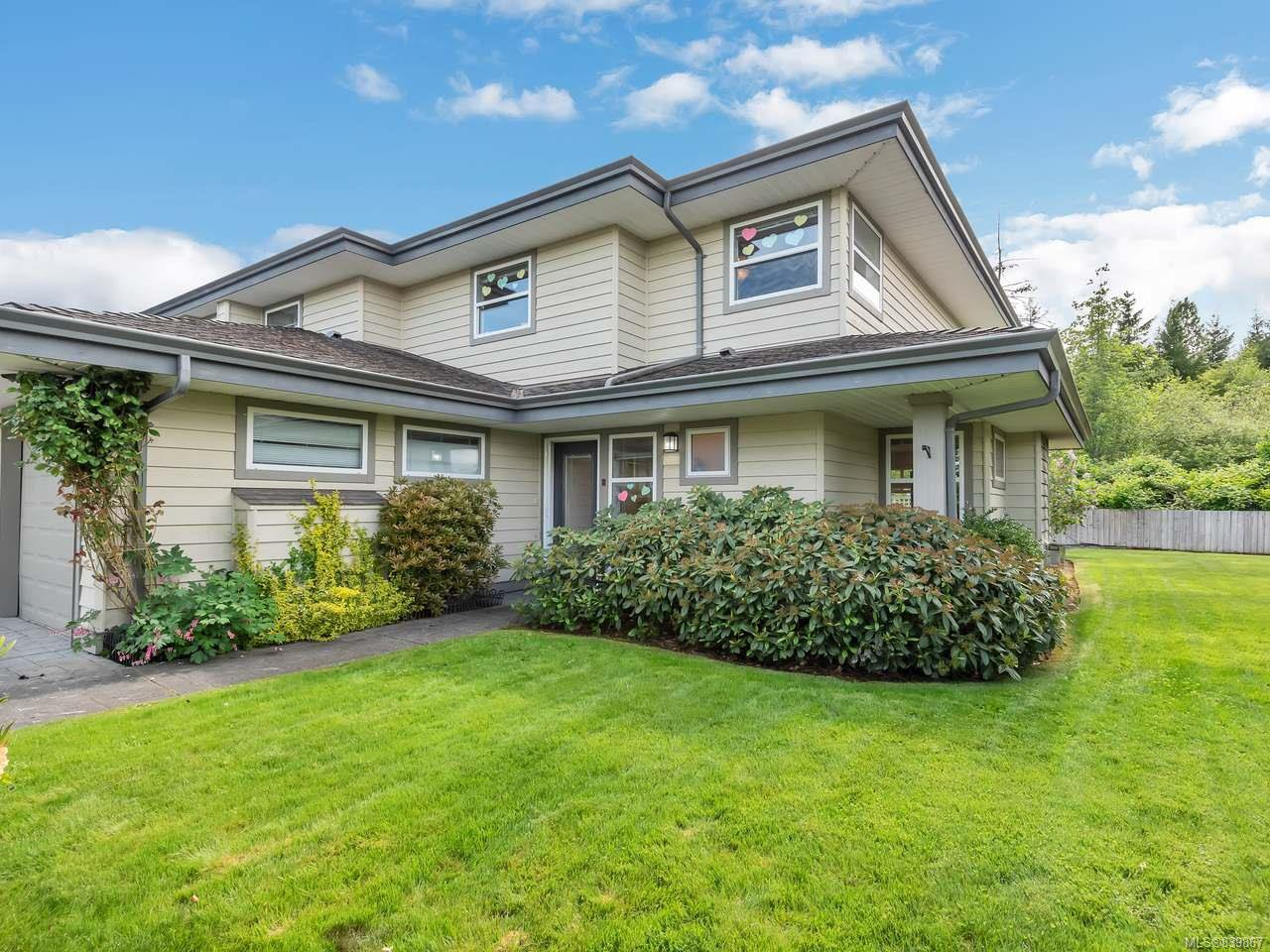Main Photo: 21 2750 Denman St in CAMPBELL RIVER: CR Willow Point Row/Townhouse for sale (Campbell River)  : MLS®# 839867