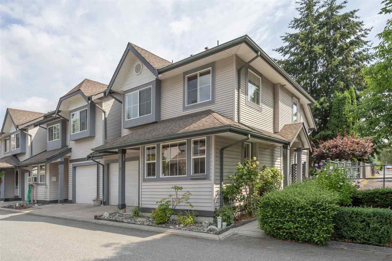 "Main Photo: 13 21015 118 Avenue in Maple Ridge: Southwest Maple Ridge Townhouse for sale in ""AMARA PLACE"" : MLS®# R2492821"