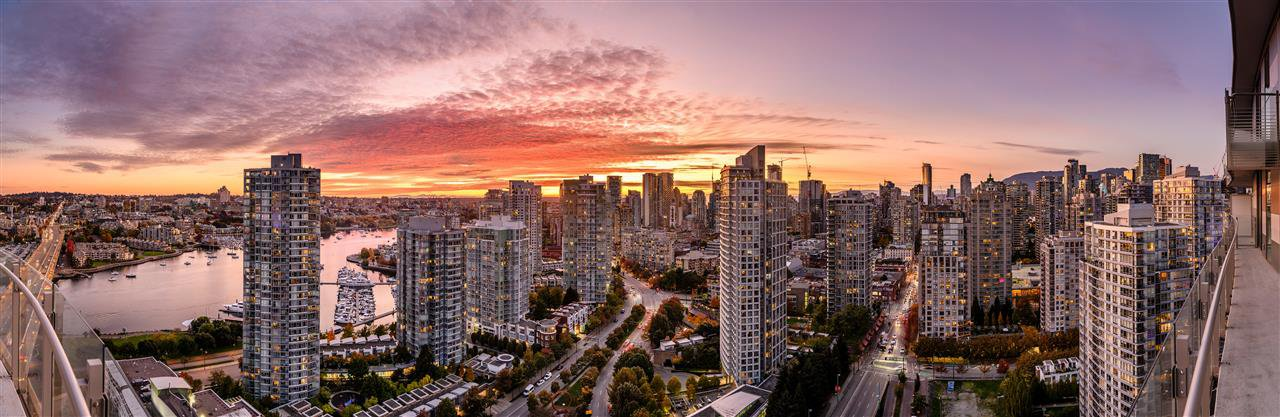 "Main Photo: 2819 89 NELSON Street in Vancouver: Yaletown Condo for sale in ""THE ARC"" (Vancouver West)  : MLS®# R2527091"