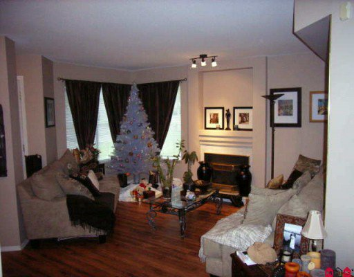 """Photo 2: Photos: 410 13900 HYLAND Road in Surrey: East Newton Townhouse for sale in """"HYLAND GROVE"""" : MLS®# F2927615"""