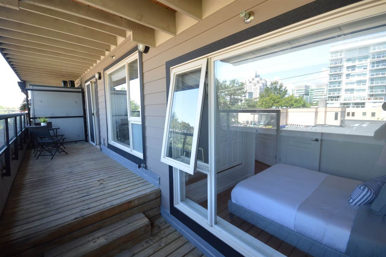 """Photo 16: Photos: PH2 3089 OAK Street in Vancouver: Fairview VW Condo for sale in """"THE OAKS"""" (Vancouver West)  : MLS®# R2415953"""