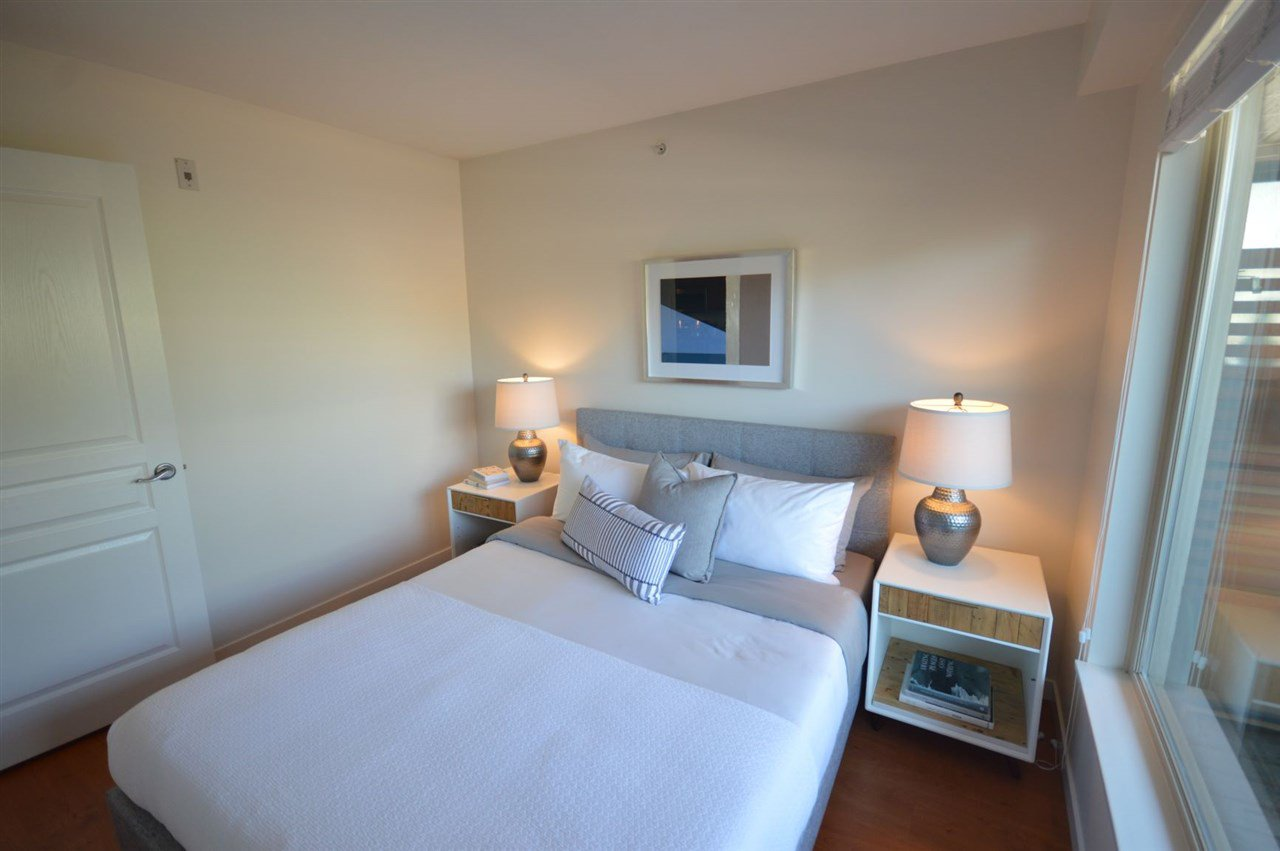 """Photo 12: Photos: PH2 3089 OAK Street in Vancouver: Fairview VW Condo for sale in """"THE OAKS"""" (Vancouver West)  : MLS®# R2415953"""