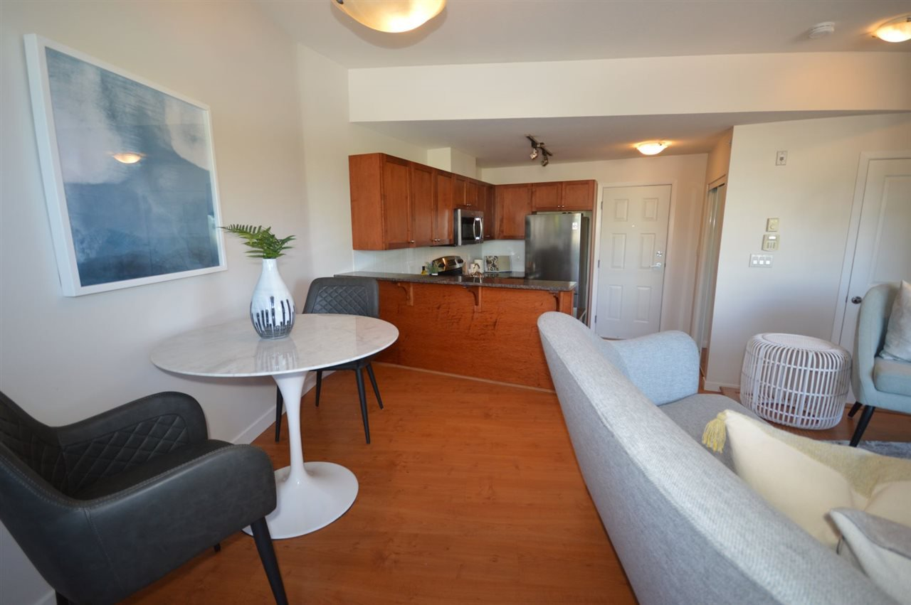 """Photo 6: Photos: PH2 3089 OAK Street in Vancouver: Fairview VW Condo for sale in """"THE OAKS"""" (Vancouver West)  : MLS®# R2415953"""