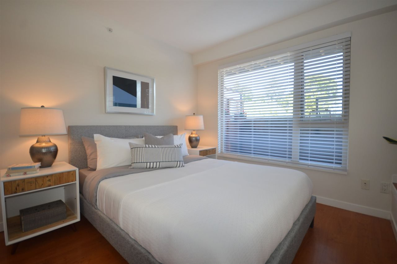"""Photo 11: Photos: PH2 3089 OAK Street in Vancouver: Fairview VW Condo for sale in """"THE OAKS"""" (Vancouver West)  : MLS®# R2415953"""