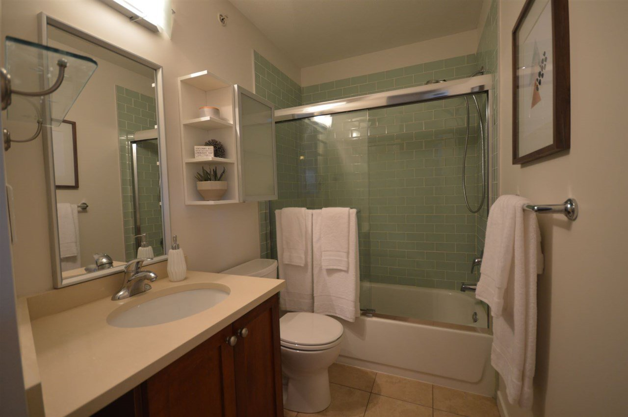 """Photo 14: Photos: PH2 3089 OAK Street in Vancouver: Fairview VW Condo for sale in """"THE OAKS"""" (Vancouver West)  : MLS®# R2415953"""