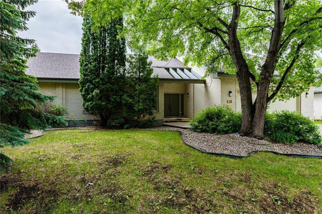 Main Photo: 118 Bard Boulevard in Winnipeg: Tuxedo Residential for sale (1E)  : MLS®# 202014066