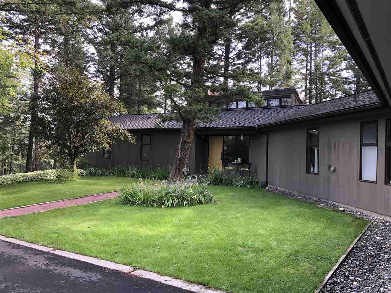 """Main Photo: 48 COUNTRY CLUB Boulevard in Williams Lake: Williams Lake - City House for sale in """"GOLF COURSE"""" (Williams Lake (Zone 27))  : MLS®# R2483809"""