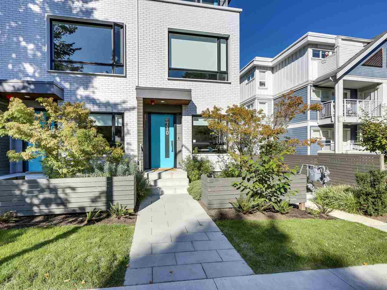 "Main Photo: 110 321 E 16TH Avenue in Vancouver: Mount Pleasant VE Condo for sale in ""Arne"" (Vancouver East)  : MLS®# R2507374"