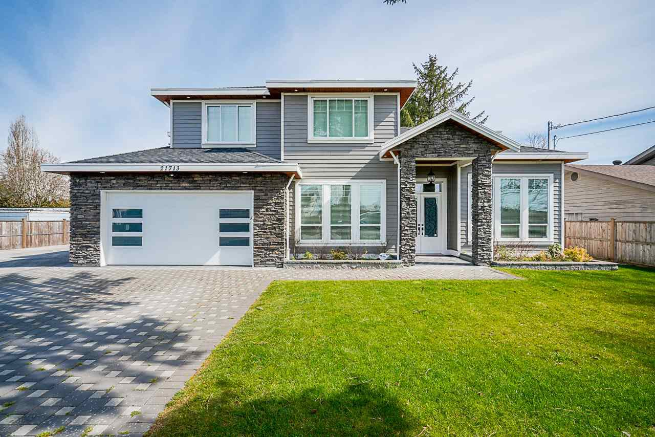 Main Photo: 21713 MAXWELL Crescent in Langley: Salmon River House for sale : MLS®# R2449571