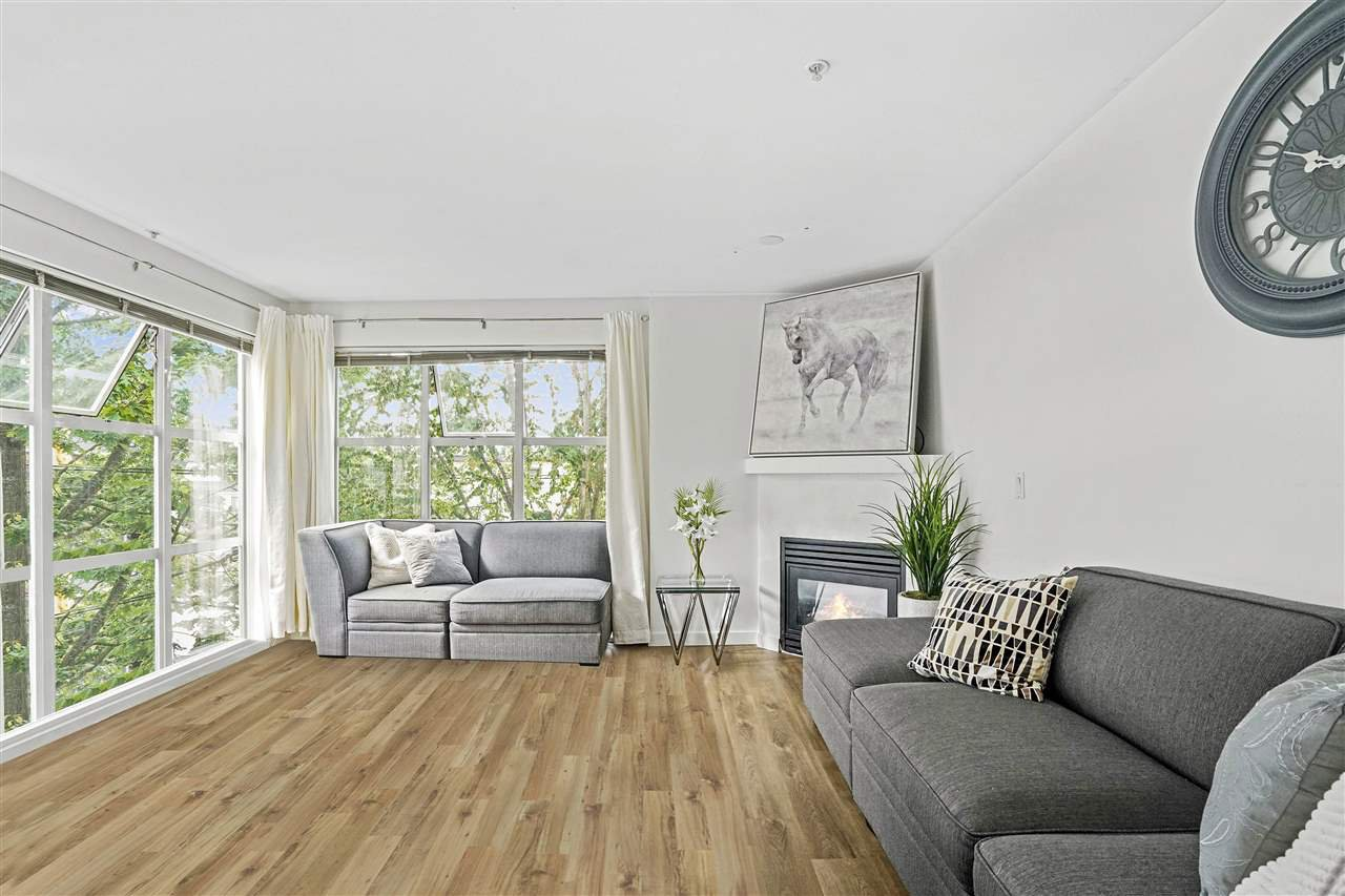 Main Photo: 320 3150 W 4TH Avenue in Vancouver: Kitsilano Condo for sale (Vancouver West)  : MLS®# R2465593