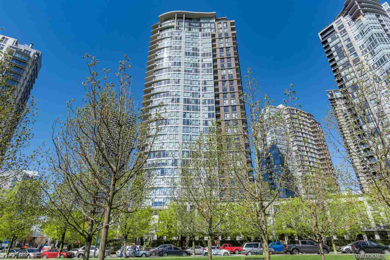 """Main Photo: 3106 583 BEACH Crescent in Vancouver: Yaletown Condo for sale in """"PARK WEST II"""" (Vancouver West)  : MLS®# R2471264"""