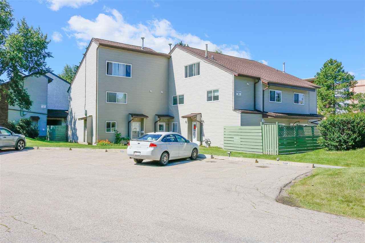 Main Photo: 19E MEADOWLARK Village in Edmonton: Zone 22 Townhouse for sale : MLS®# E4207736