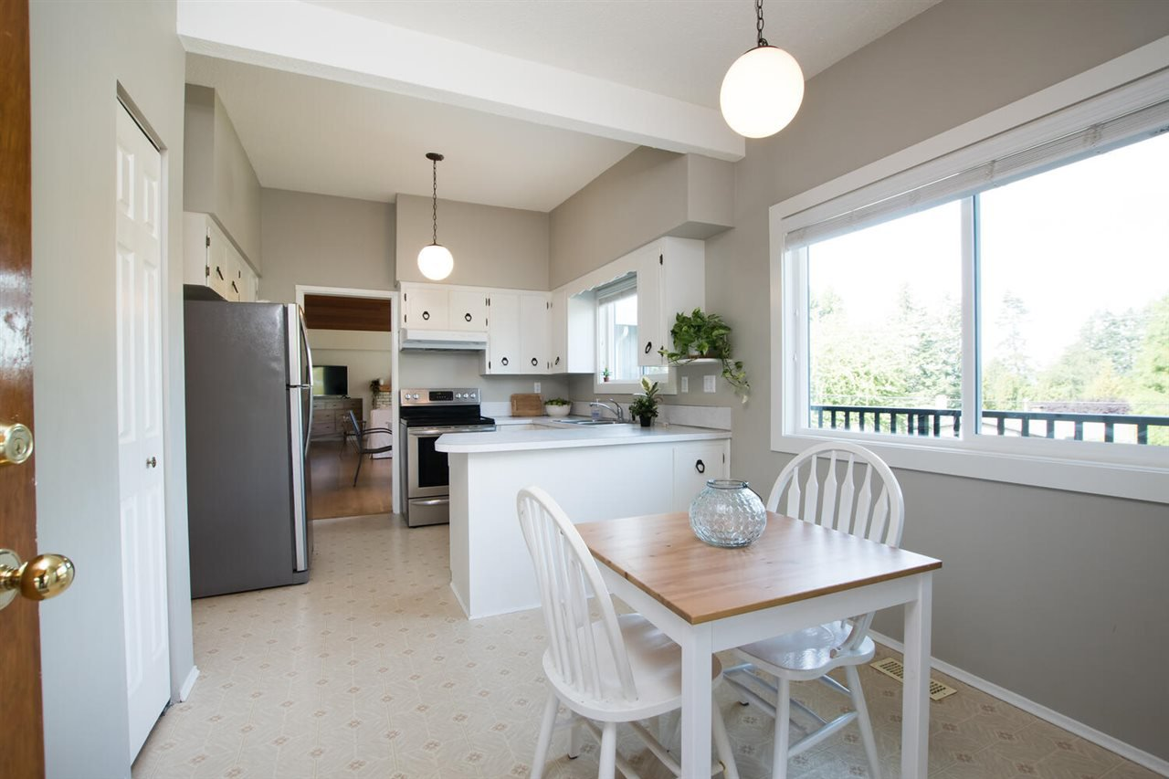 Photo 15: Photos: 5110 WILSON Drive in Delta: Tsawwassen Central House for sale (Tsawwassen)  : MLS®# R2501280
