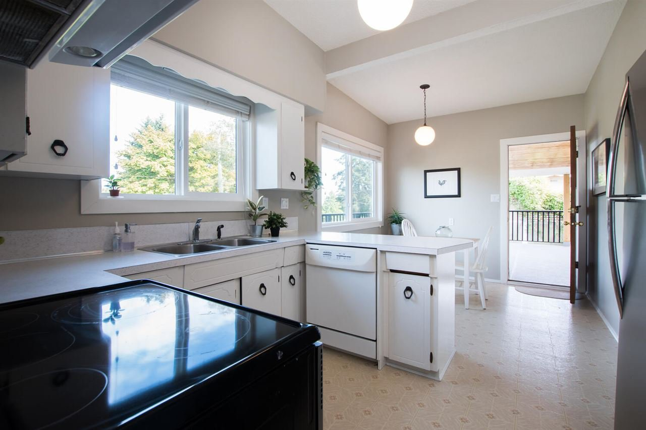 Photo 13: Photos: 5110 WILSON Drive in Delta: Tsawwassen Central House for sale (Tsawwassen)  : MLS®# R2501280