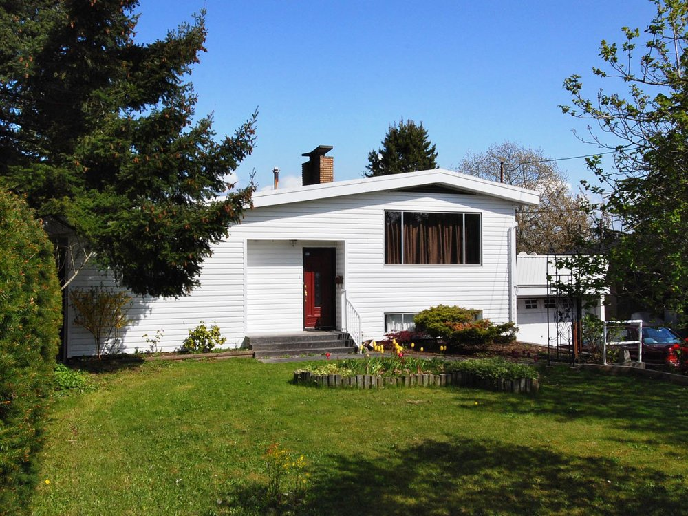 Main Photo: 1390 Finlay Street in White Rock: Home for sale : MLS®# F2833242