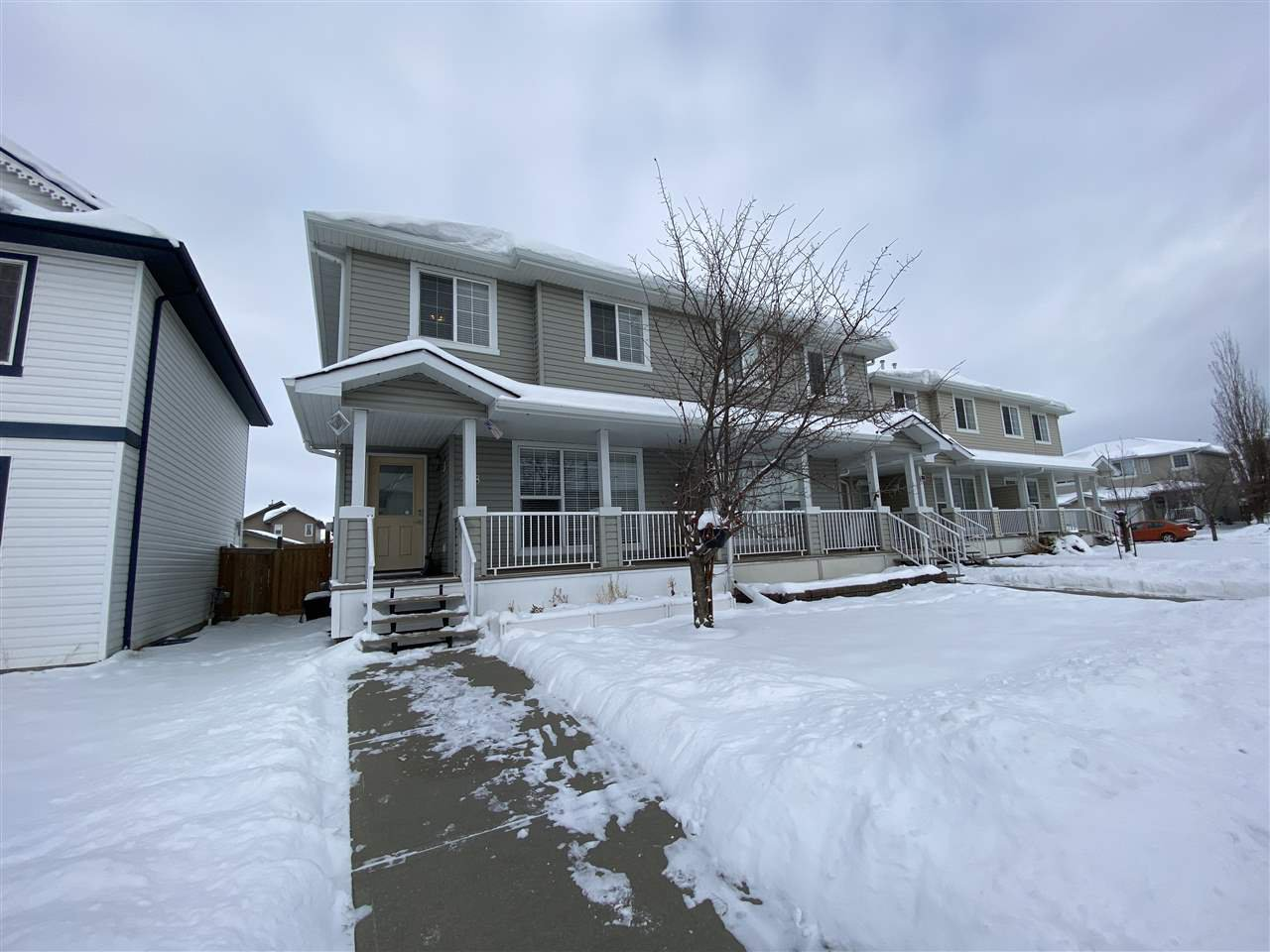 Main Photo: 2318 28A Avenue in Edmonton: Zone 30 House Half Duplex for sale : MLS®# E4221937