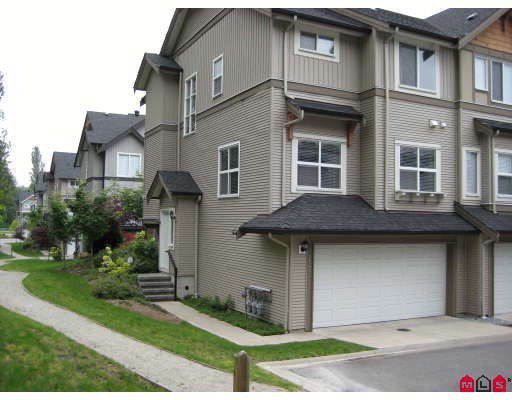 Main Photo: 17 12677 63RD Avenue in Surrey: Panorama Ridge Townhouse for sale : MLS®# F2829305