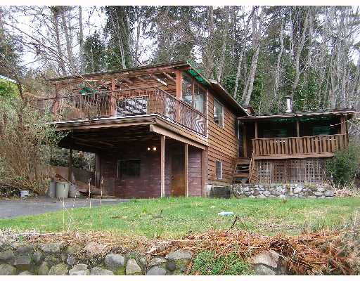 "Photo 2: Photos: 496 CENTRAL Avenue in Gibsons: Gibsons & Area House for sale in ""GRANTHAMS LANDING"" (Sunshine Coast)  : MLS®# V622835"