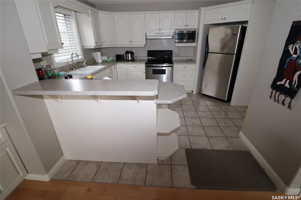 Photo 3: Photos: 706 BROOKHURST Lane in Saskatoon: Briarwood Residential for sale : MLS®# SK809739