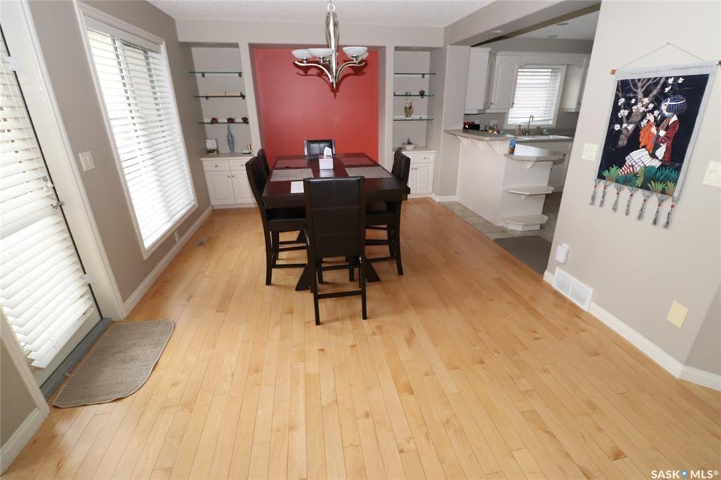Photo 4: Photos: 706 BROOKHURST Lane in Saskatoon: Briarwood Residential for sale : MLS®# SK809739