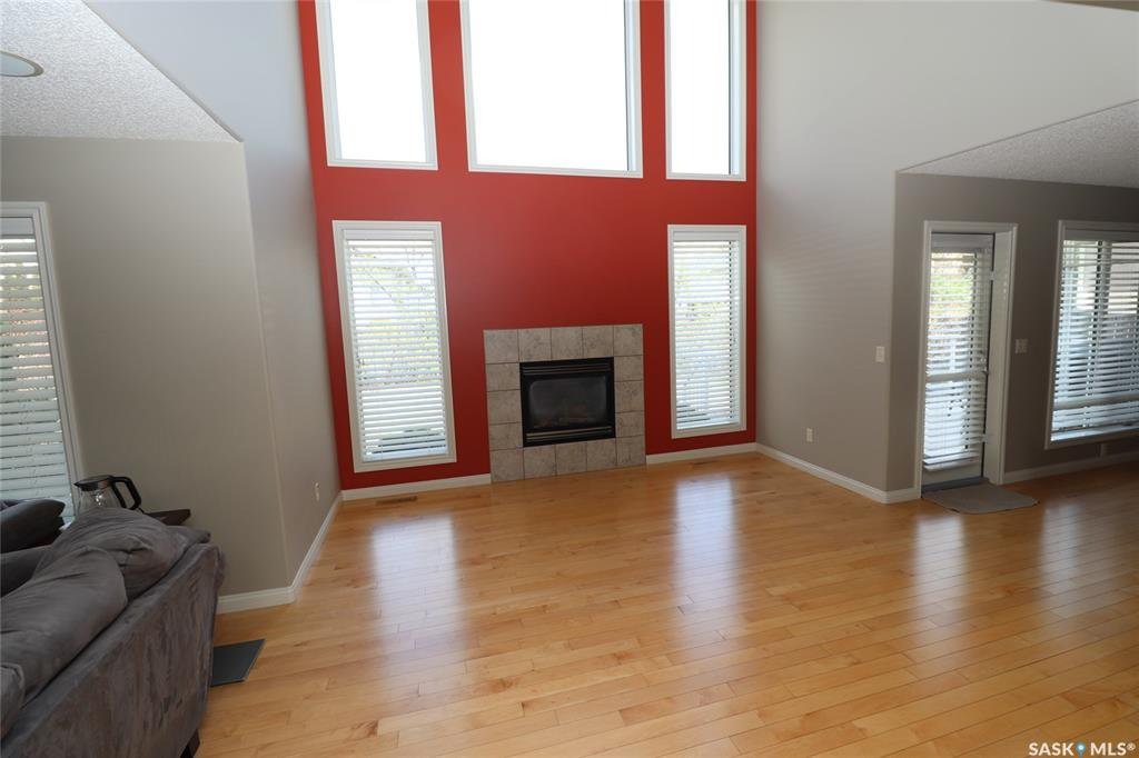 Photo 5: Photos: 706 BROOKHURST Lane in Saskatoon: Briarwood Residential for sale : MLS®# SK809739