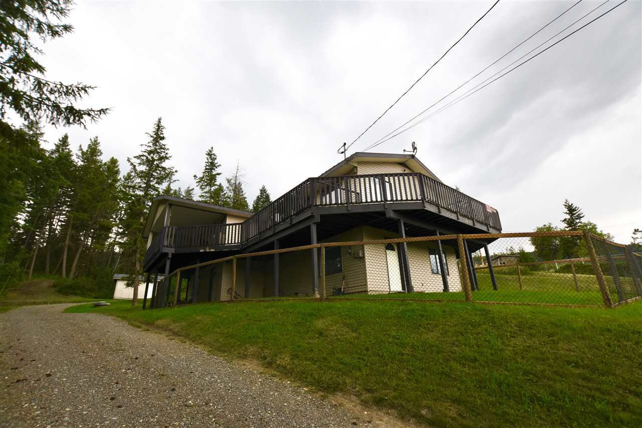 Main Photo: 627 HODGSON Road in Williams Lake: Esler/Dog Creek House for sale (Williams Lake (Zone 27))  : MLS®# R2486635