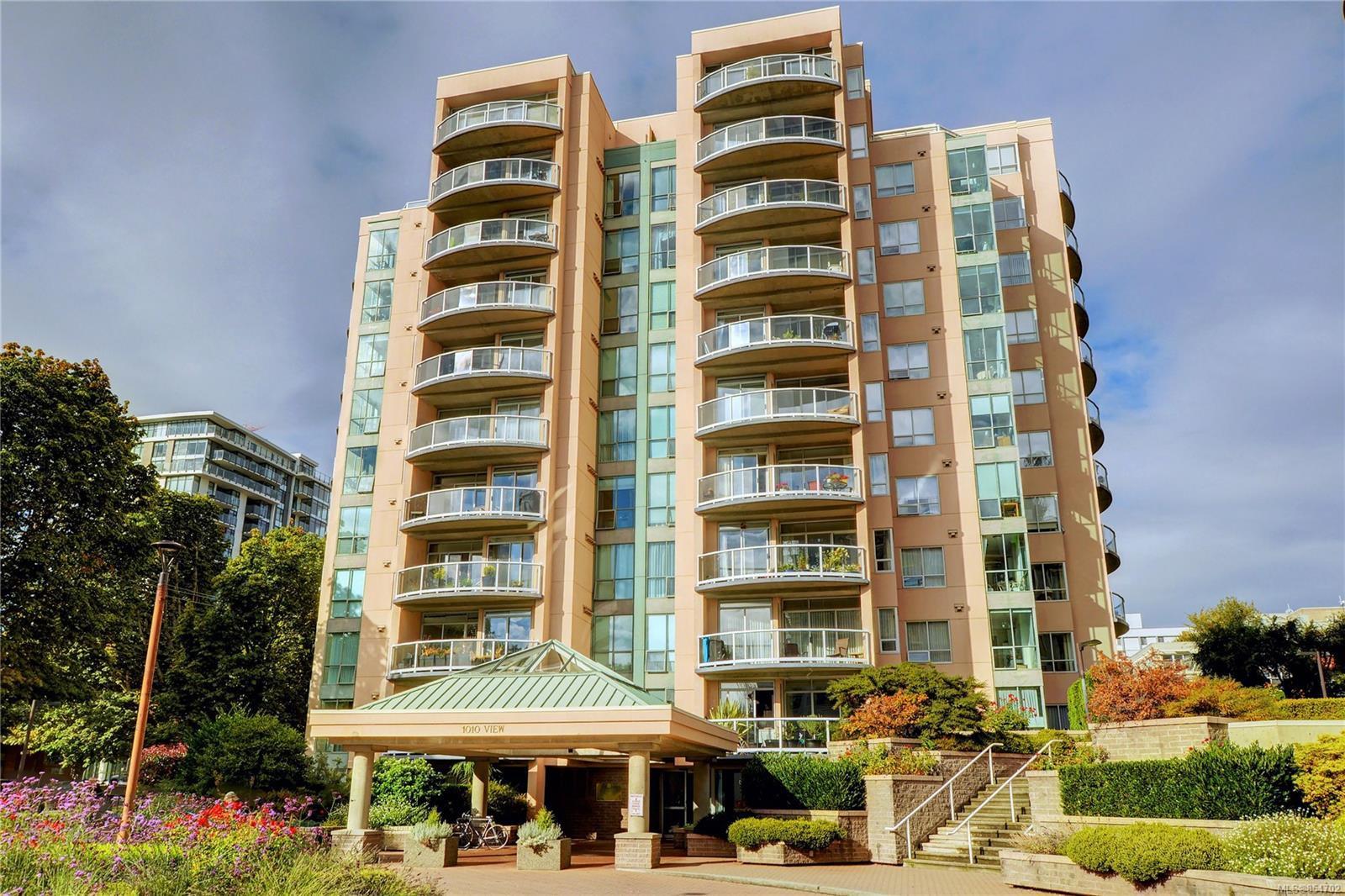 Main Photo: 408 1010 View St in : Vi Downtown Condo for sale (Victoria)  : MLS®# 854702