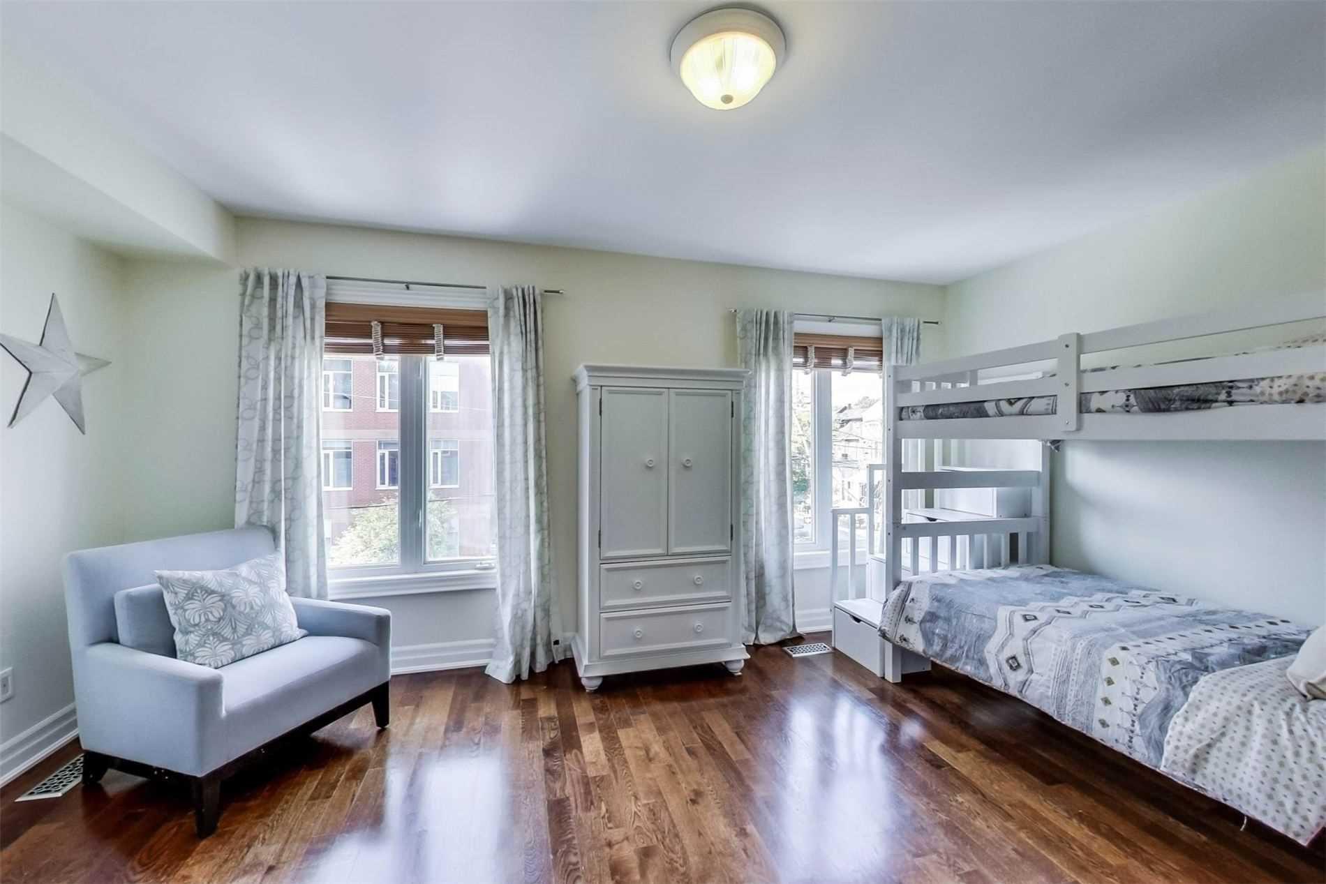 Photo 15: Photos: 213 Heward Avenue in Toronto: South Riverdale House (3-Storey) for sale (Toronto E01)  : MLS®# E4941877