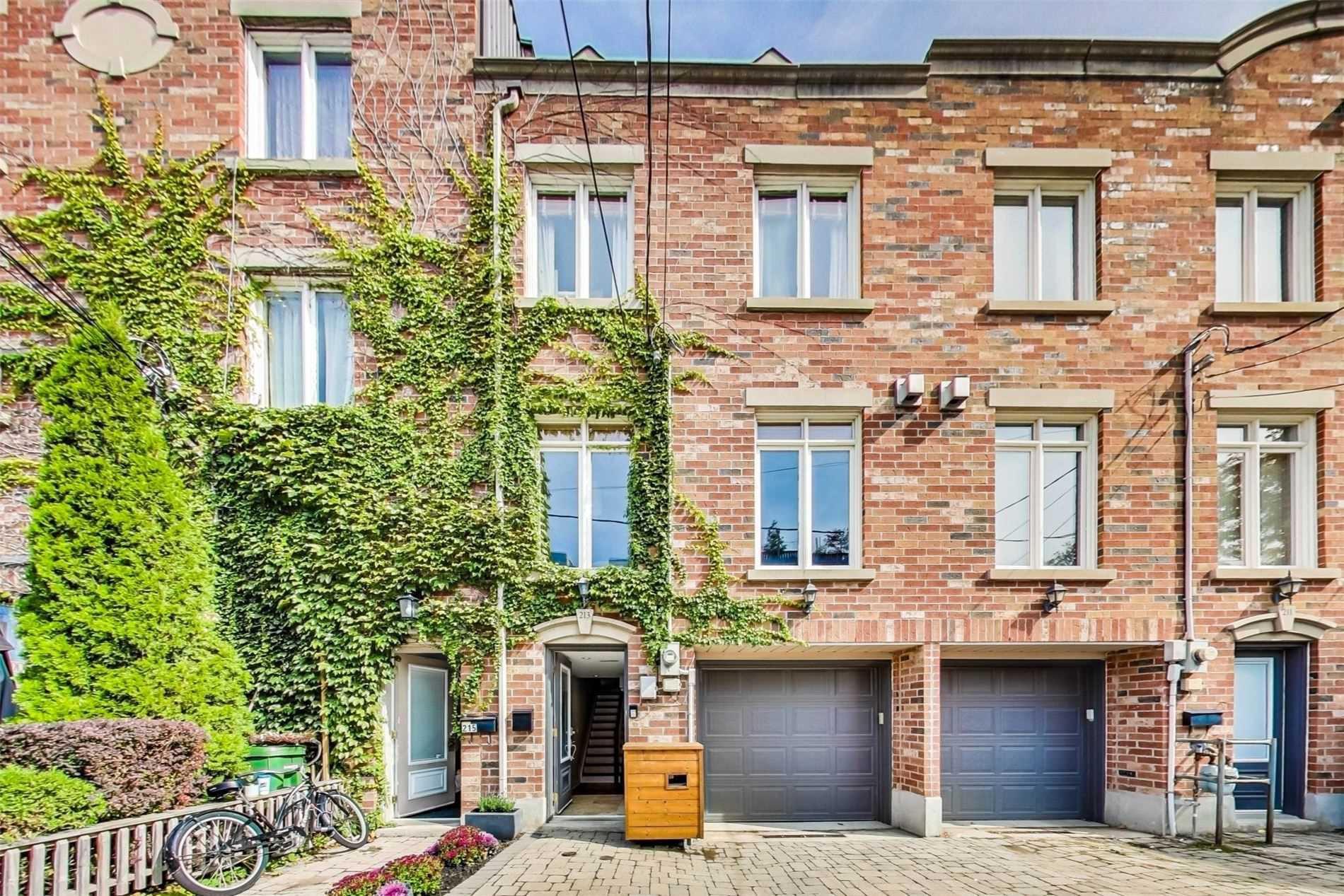 Photo 1: Photos: 213 Heward Avenue in Toronto: South Riverdale House (3-Storey) for sale (Toronto E01)  : MLS®# E4941877