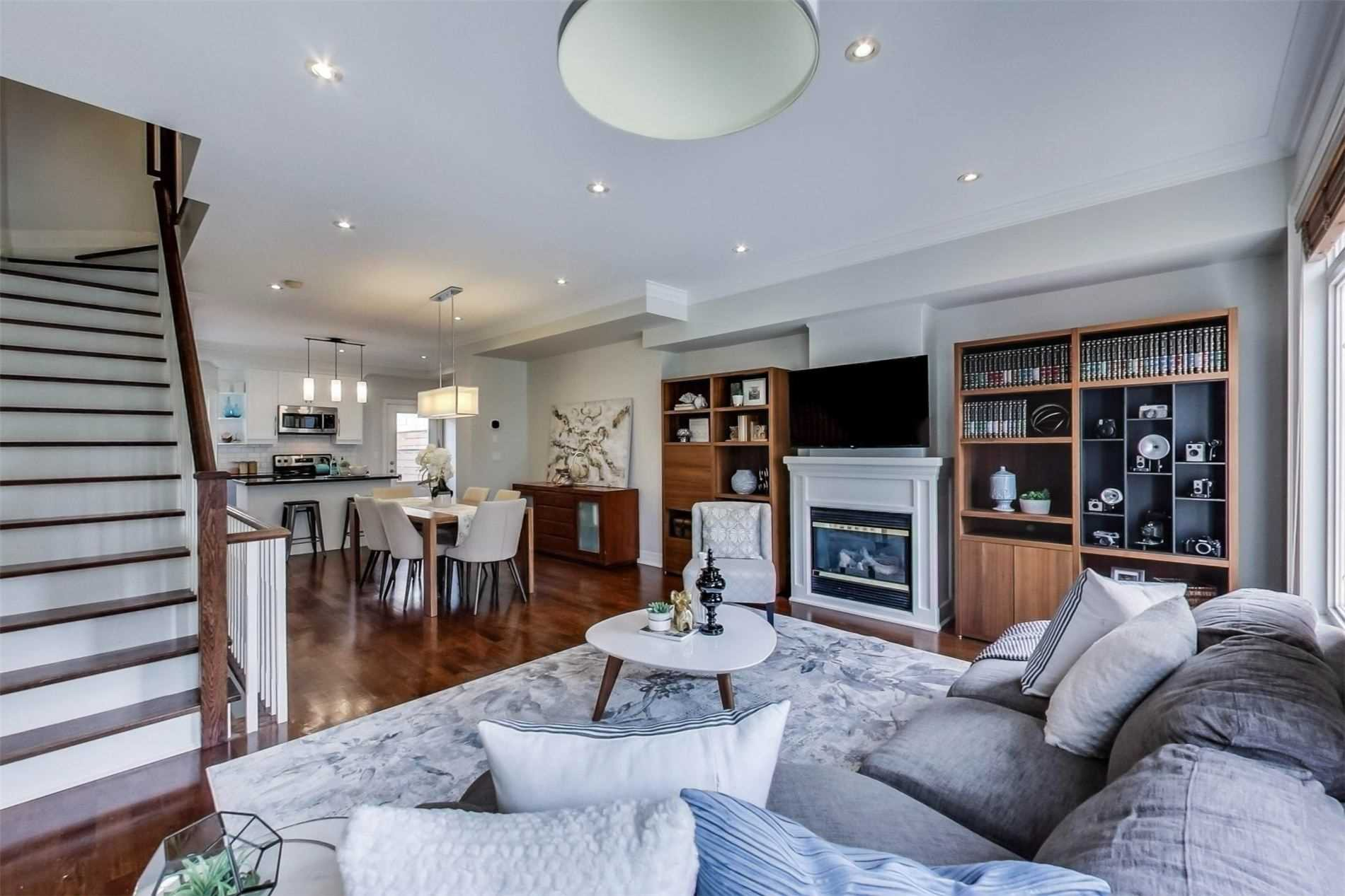 Photo 6: Photos: 213 Heward Avenue in Toronto: South Riverdale House (3-Storey) for sale (Toronto E01)  : MLS®# E4941877