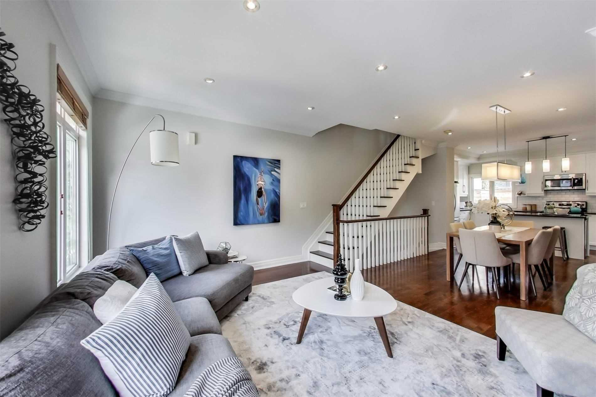 Photo 4: Photos: 213 Heward Avenue in Toronto: South Riverdale House (3-Storey) for sale (Toronto E01)  : MLS®# E4941877