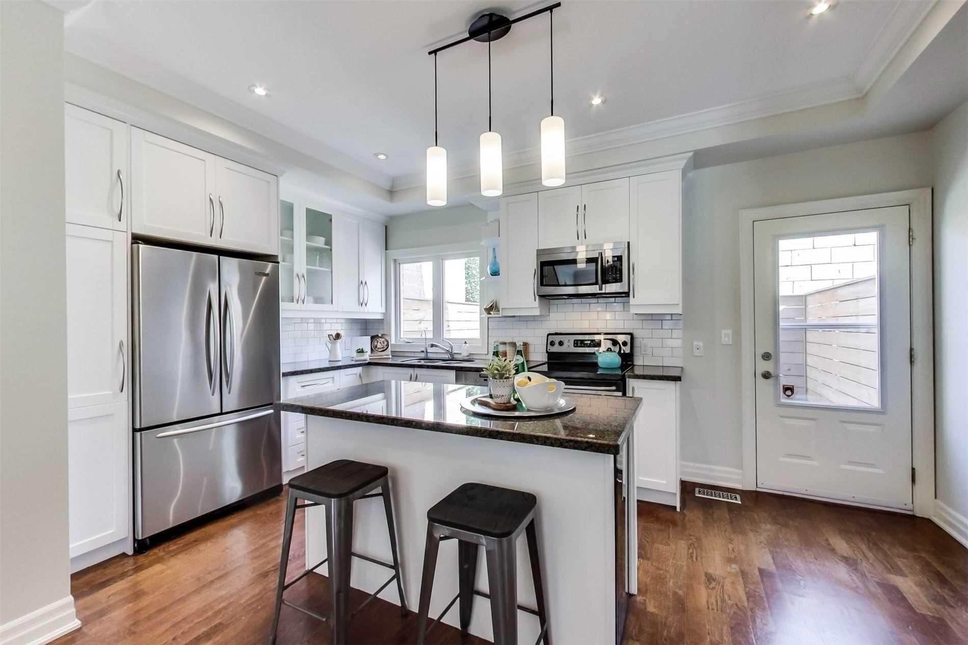 Photo 10: Photos: 213 Heward Avenue in Toronto: South Riverdale House (3-Storey) for sale (Toronto E01)  : MLS®# E4941877