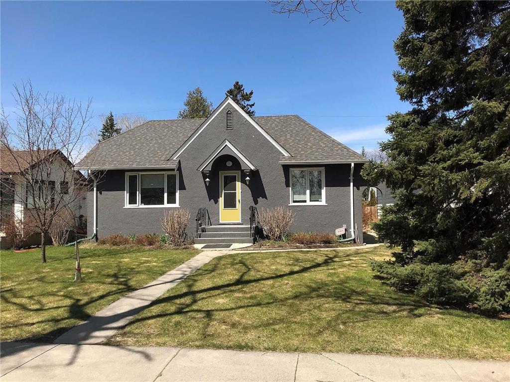 Main Photo: 73 Sunset Boulevard in Winnipeg: Elm Park Residential for sale (2C)  : MLS®# 202006852
