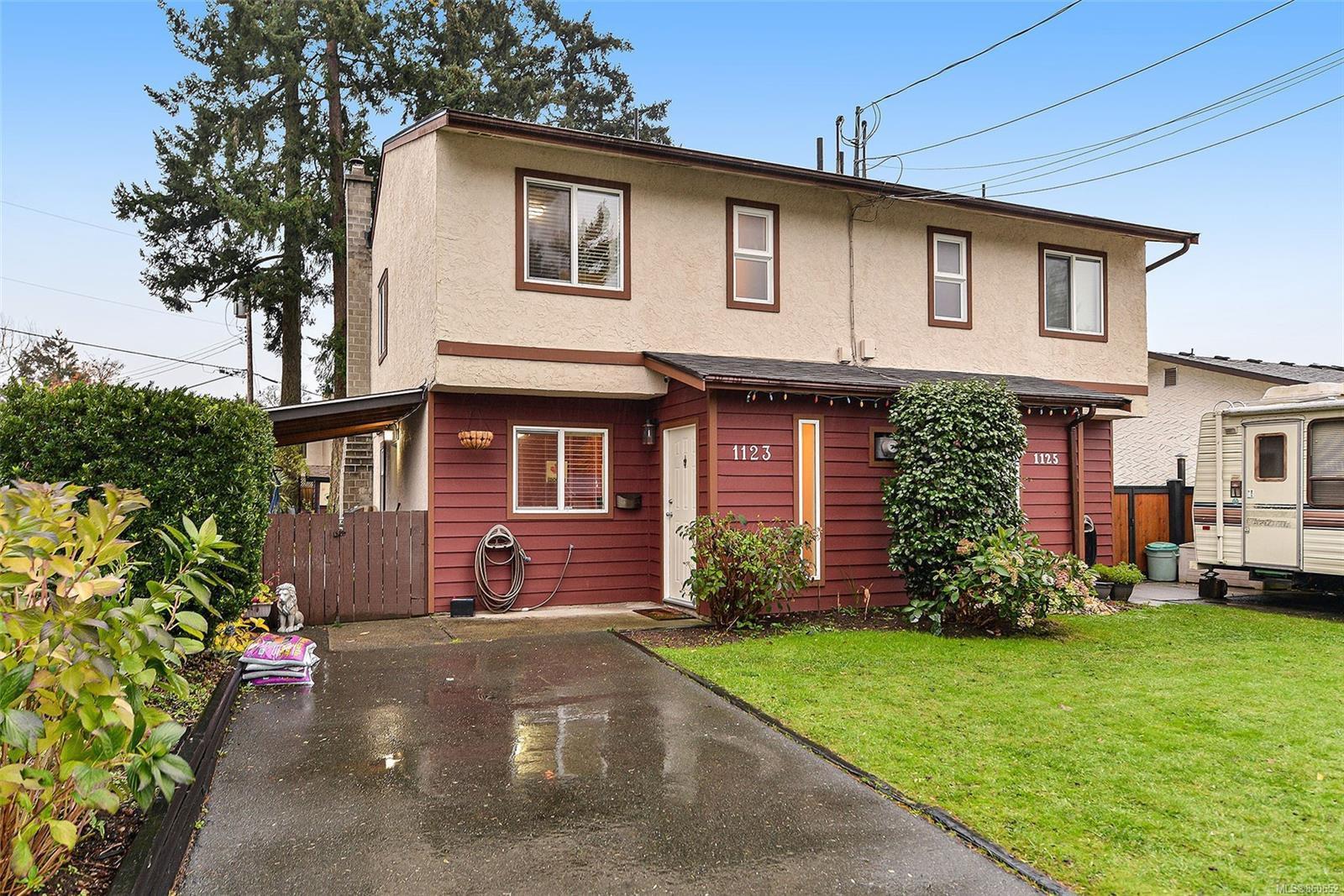Main Photo: 1123 Goldstream Ave in : La Langford Lake Half Duplex for sale (Langford)  : MLS®# 860652