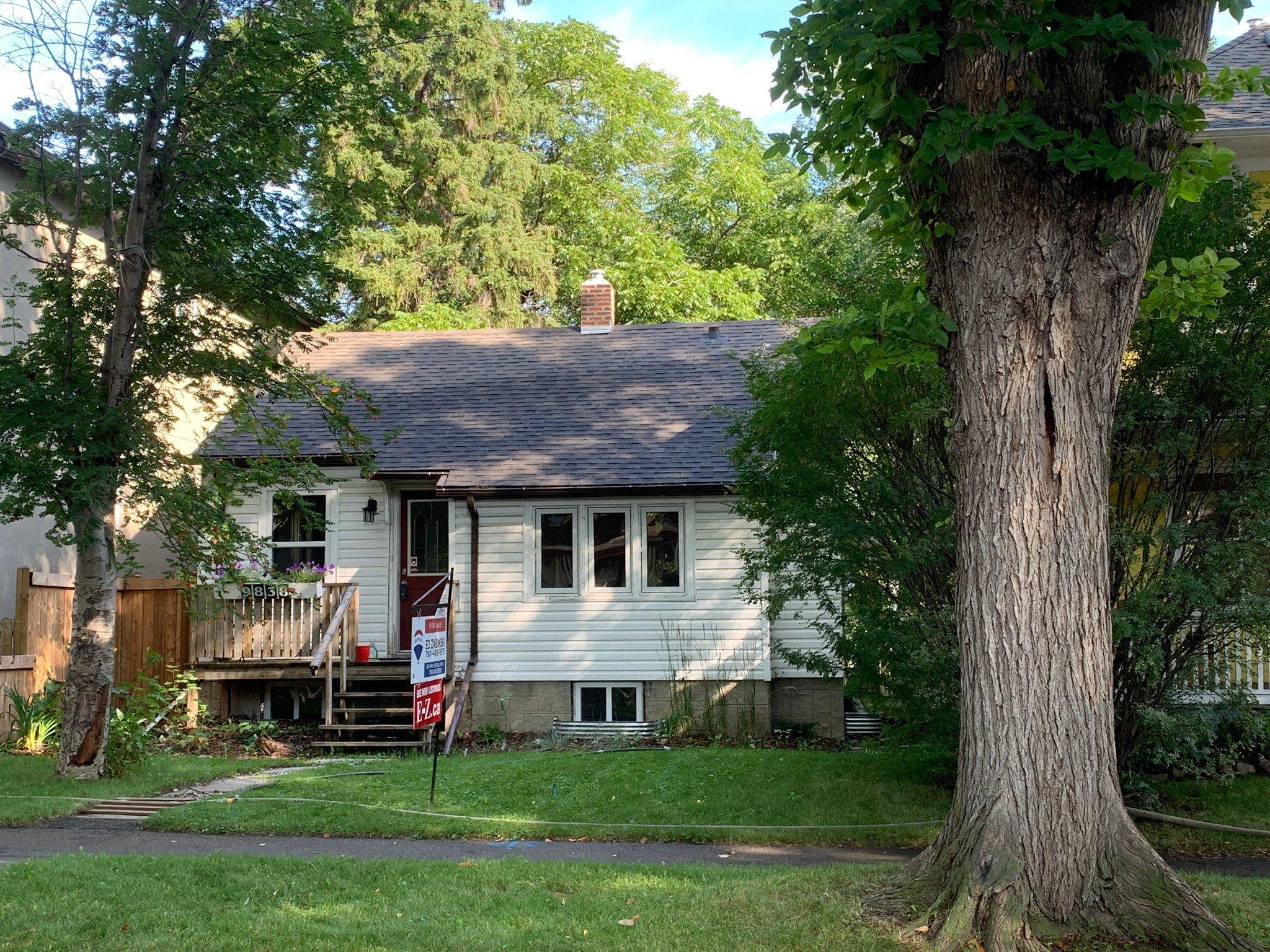 Main Photo: : House for sale : MLS®# E4220066