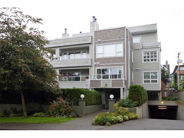 Main Photo: 202 2110 YORK Avenue in Vancouver: Kitsilano Condo for sale (Vancouver West)  : MLS®# V854972