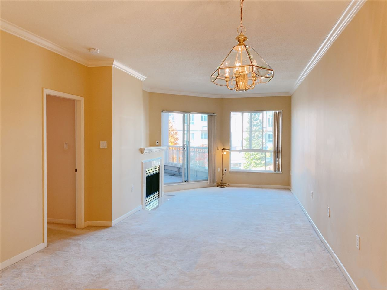 Main Photo: 209 8975 JONES Road in Richmond: Brighouse South Condo for sale : MLS®# R2412007