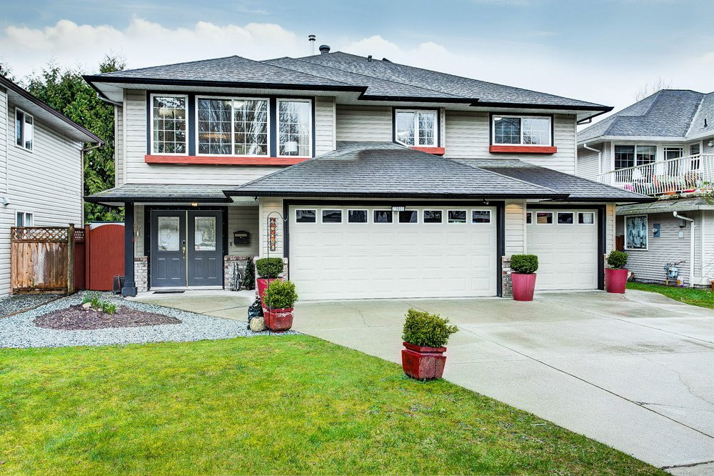 "Main Photo: 23810 114A Avenue in Maple Ridge: Cottonwood MR House for sale in ""TWIN BROOKS"" : MLS®# R2441540"