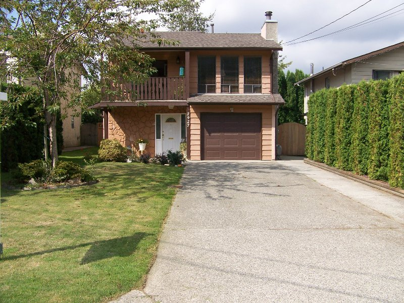 Main Photo: 2927 BABICH Street in Abbotsford: Central Abbotsford House for sale : MLS®# F2919136