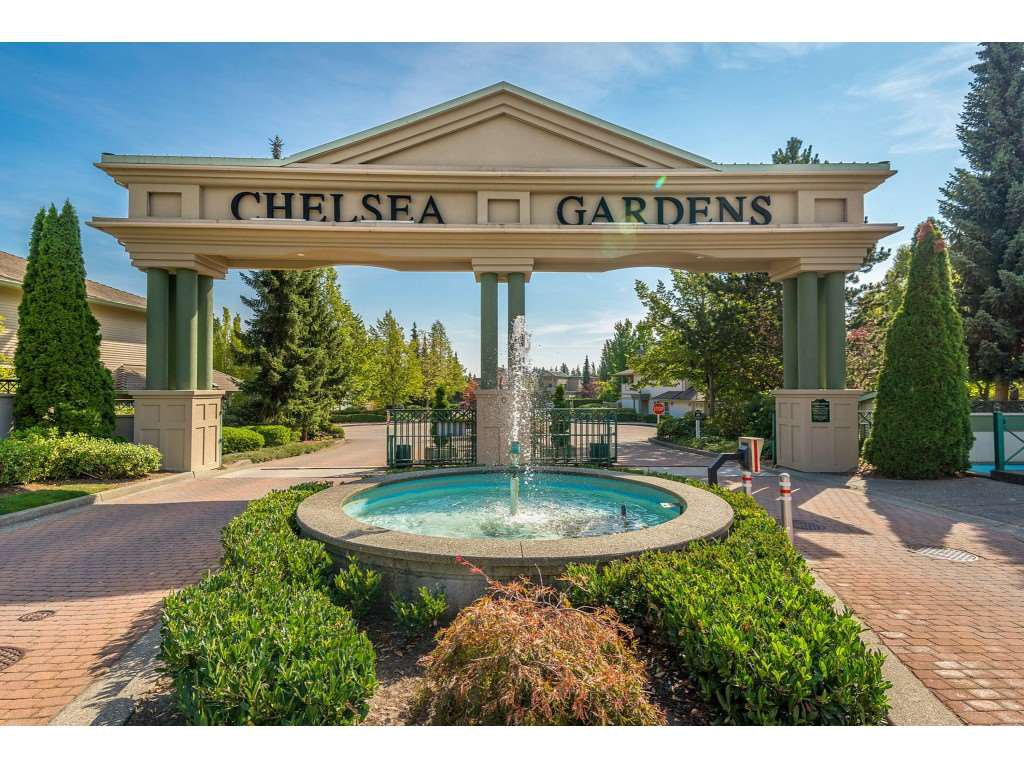 "Main Photo: 210 13860 70 Avenue in Surrey: East Newton Condo for sale in ""Chelsea Gardens"" : MLS®# R2464628"