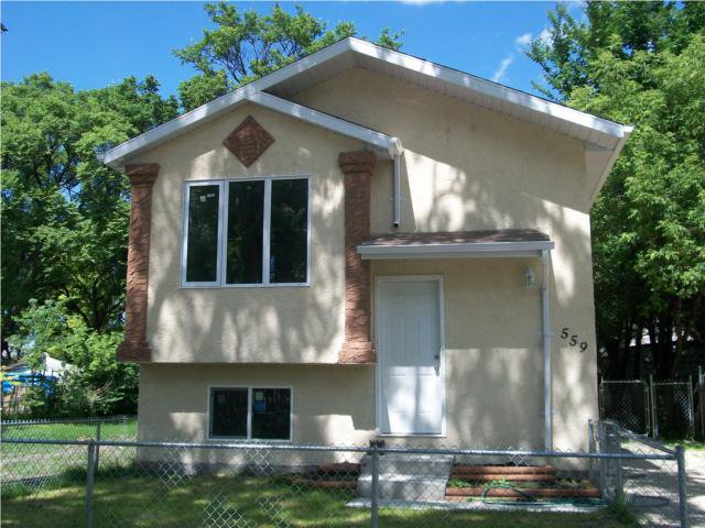 Main Photo: 559 BURROWS Avenue in WINNIPEG: North End Residential for sale (North West Winnipeg)  : MLS®# 1014462
