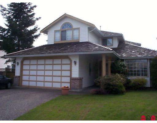 Main Photo: 8966 160A Street in Surrey: Fleetwood Tynehead House for sale : MLS®# F2907833