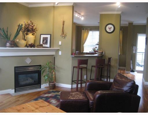 """Main Photo: 210 692 W 7TH Avenue in Vancouver: Fairview VW Townhouse for sale in """"LIBERTE"""" (Vancouver West)  : MLS®# V766625"""