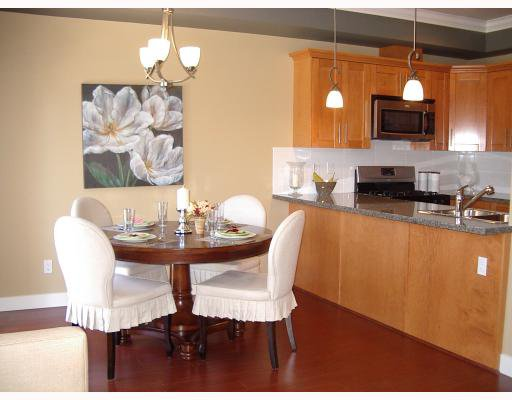 "Photo 3: Photos: 16 9688 KEEFER Avenue in Richmond: McLennan North Townhouse for sale in ""CHELSEA ESTATES"" : MLS®# V768028"
